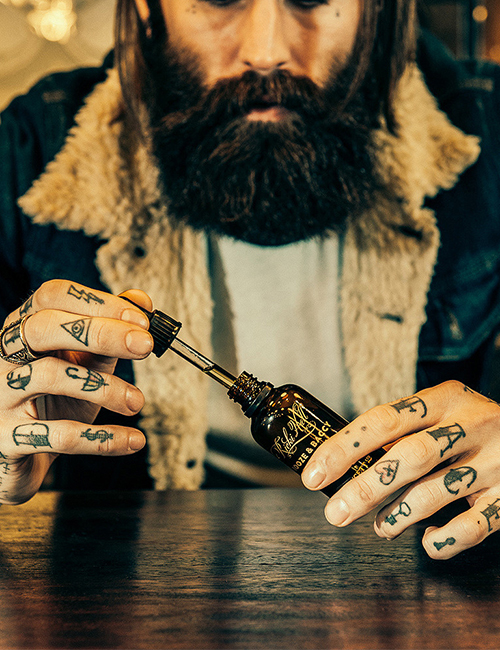 Captain Fawcett Booze and Baccy Gift Set